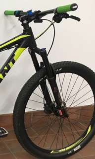 X-Fusion X32 Air Suspension Fork for 27.5