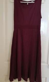 Ripe Maternity pleated dress