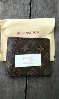 Men Louis Vuitton (LV) wallet #carouraya