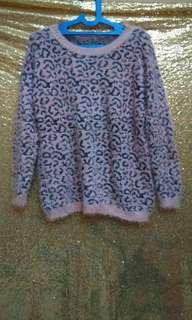 Blouse/sweater