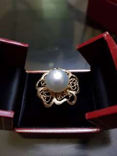 SELLING LOW! 14K ITALIAN YG RING w WHITE SOUTH SEA PEARL BEAUTIFUL FLORAL DESIGN