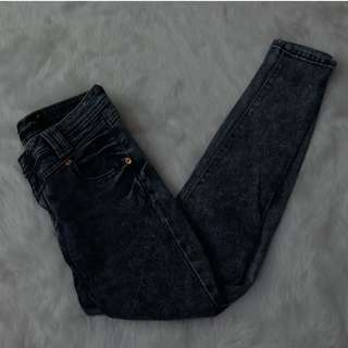 REPRICED!!! Skinny Jeans [Lee]