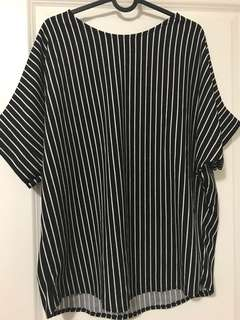 2xl loose blouse never worn