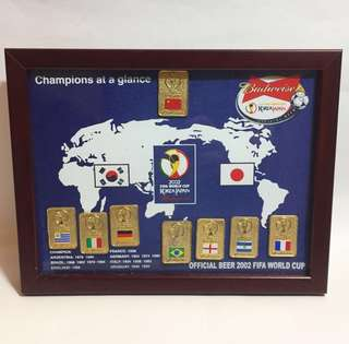 Budweiser 2002 Fifa World Cup Korea Japan pin collection 珍藏襟章記念擺設