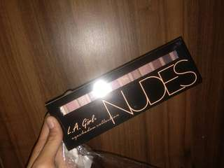 AUTHENTIC LA GIRL NUDE PALETTE