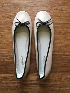 NEW Ballet Flats