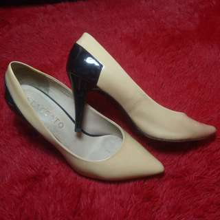 STACCATO shoes heels Sz. 36, 99% good,no cacat