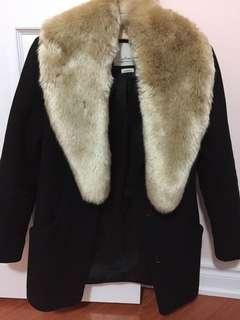 Aritzia Babaton Faux Fur Scarf