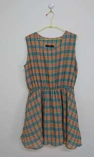 🚚 活潑橙藍格無袖短洋裝