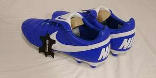 NEW UNUSED Nike Premier 2 Cleats