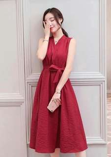 🐊Open slit front belted dress