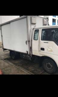 10ft lorry With Box for rent