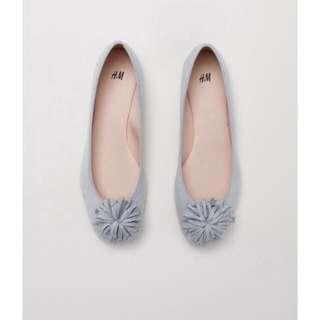 Gray flatshoes h&m #mausupreme
