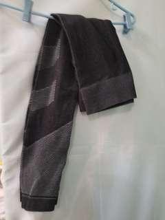 Greg leggings with mesh insert
