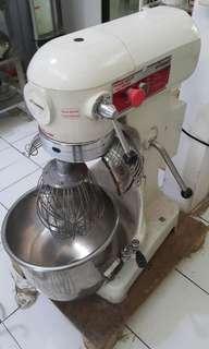 Mixer kue 20L