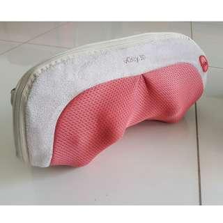 uCozy 3D Neck Massager