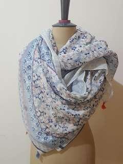 Regina scarf
