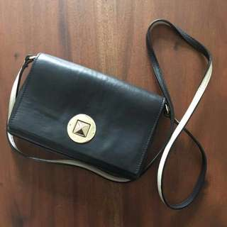 ❣️ Kate Spade Sling Bag Authentic