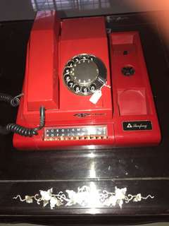 Red Telecoms rotary Phone