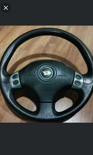 Momo Steering