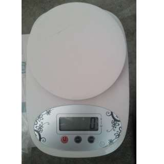 Brand New Digital Weighing Machine Up To 5Kg For Sale