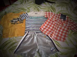 Great deal! 4 authentic pieces Oshkosh size 3-4 years old, good deal