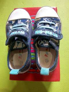 Pitter Pat Shoes Size 24