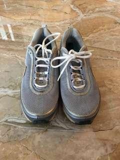 Nike Running Shoe Mens (Sepatu lari nike)