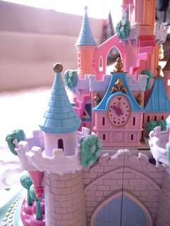 Polly pocket castle