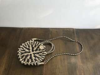 Seek the Uniq Zoriba Round Rattan Bag