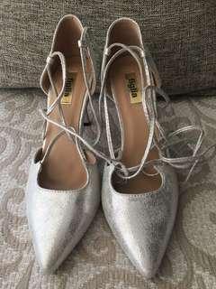 Figlia Silver Heels