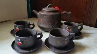 紫砂茶具 x 9pcs