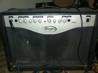 Amplifier Gitar