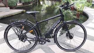 2017 Trek Lync 5 Commuter / Hybrid Bicycle