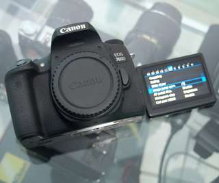 Kamera semipro canon 760d second
