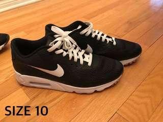 Nike AirMax 90s Size 10