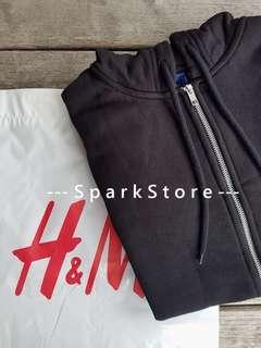 H&M Jaket Hoodie Hitam dengan Zipper