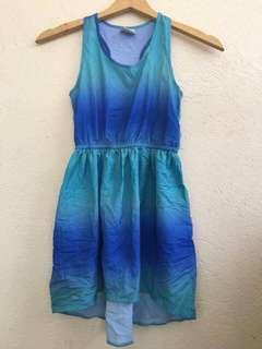 Sleeveless dress for girls