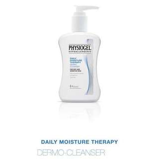 (BUNDLE DEAL) Physiogel Daily Moisture Therapy Dermo Cleanser 900ml x2