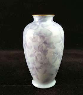 宮廷御用深川制花瓶