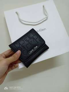 AUTHENTIC CALVIN KLEIN WOMENS WALLET