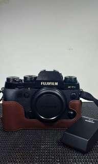 Mirrorless Fujifilm X-T1 Body Only Black