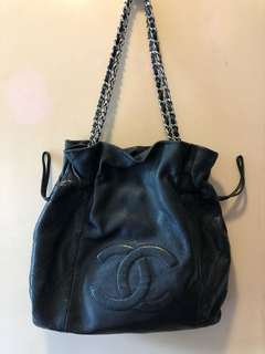 Chanel caviar black shoulder bag 黑色魚子醬真皮手袋