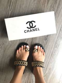 🚚 Chanel 鑽石全真皮拖鞋chanel slipper