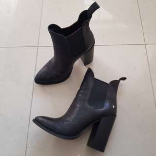 windsor smith boot heels size 6.5