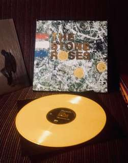 Vinyl the stone roses limited edition yellow (551/5000)