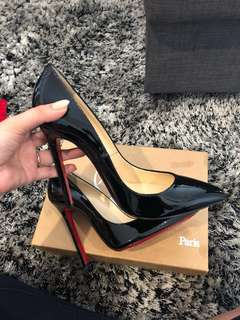 AUTHENTIC Classic Christian Louboutin