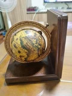 🚚 地球儀