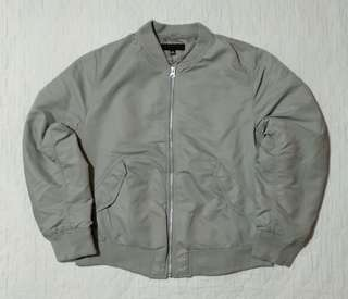 Bomber Jacket Uniqlo