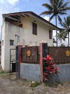Rumah (Villa) + Kolam Ikan Daerah Cipanas Garut